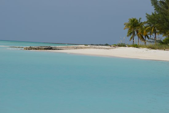 Hope Town, Elbow Cay: Day trip by boat recommended by Arron Dockmaster, Treasure Cey