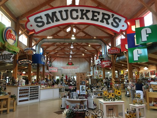 Orrville, OH: Smucker's store