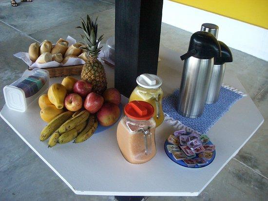 Pousada Oásis Ilha Grande: Café da manhã