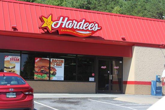 Jonesborough, TN: store front