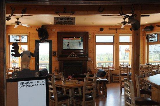 Grand Foyer Bar : Entrance foyer bar playroom picture of gateway inn grand lake