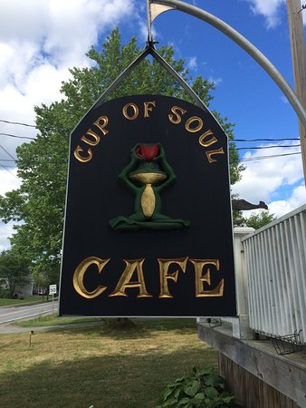 Elmsdale, แคนาดา: Cup of Soul Cafe Street Views