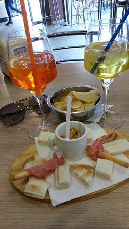 Legnago, Italia: Aperitivo time