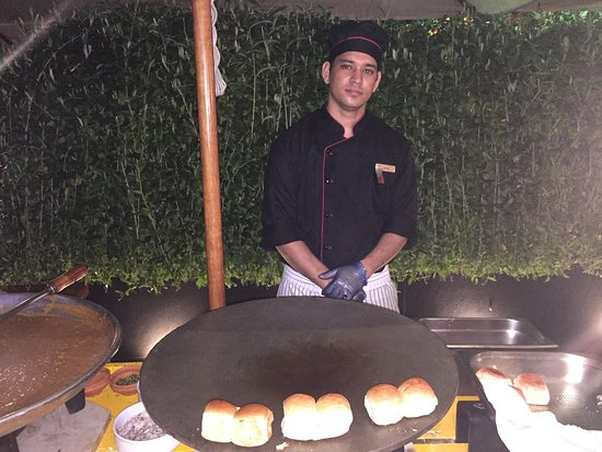 The Leela Palace Bengaluru: Street food carts Leela-style