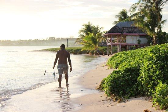 Janes Beach Fales: Paradise!