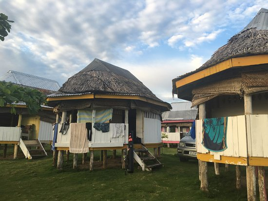 Janes Beach Fales: 2 person fales with private room and deck out the front