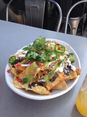 Concord, Kalifornia: smoked chicken nachos