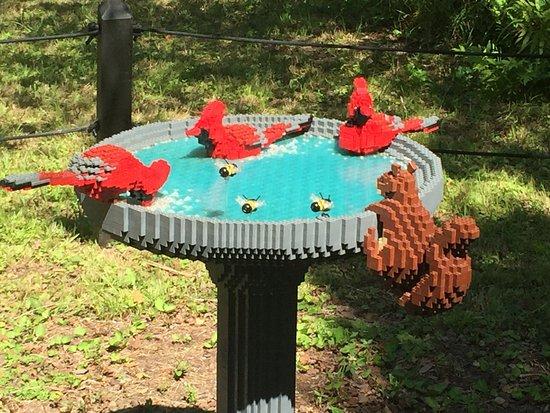 Brookgreen Gardens: Birdbath With Birds, Bees And Squirrel, 14,802 Lego  Bricks