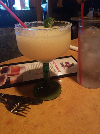 ลากูราฮิลส์, แคลิฟอร์เนีย: Flamingos Mexican Grill