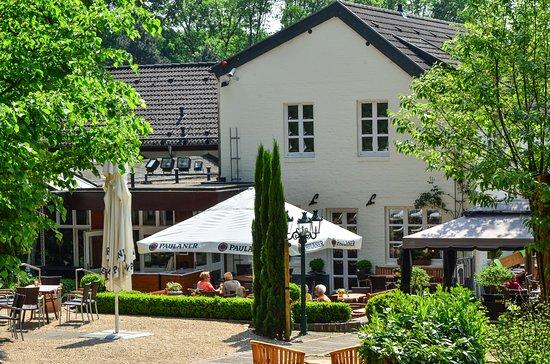 Wassenberg, Alemania: Der Biergarten