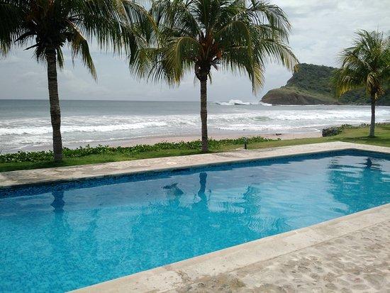 Hacienda Iguana: Habitação com vista a praia de Los Perros / Panga Drops