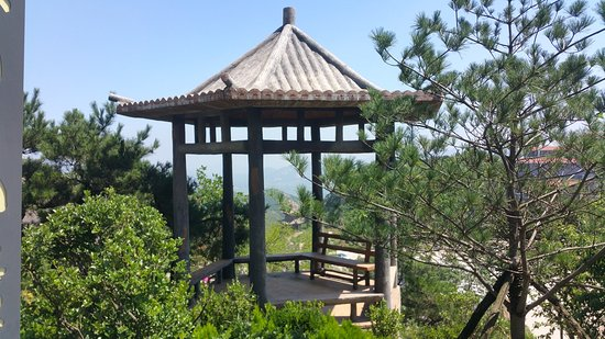 Daqing Mountain Scenic Resort