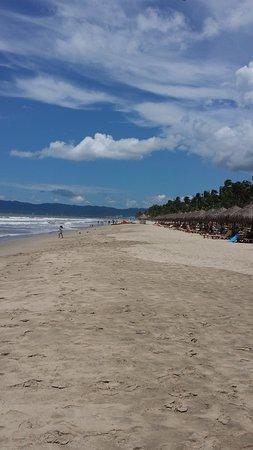 Nuevo Vallarta Beach: long stretches of beach