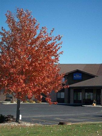 Marshfield, WI: Baymont Inn Fall