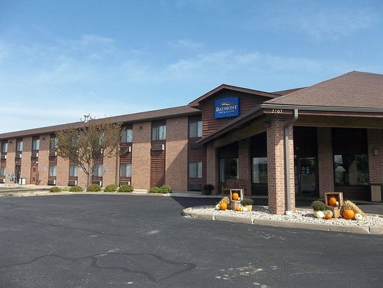 Baymont Inn & Suites Marshfield: Welcome!