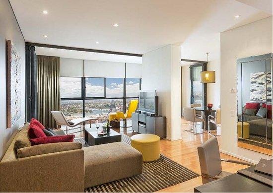 fraser suites sydney two bedroom penthouse 4101 picture. Black Bedroom Furniture Sets. Home Design Ideas