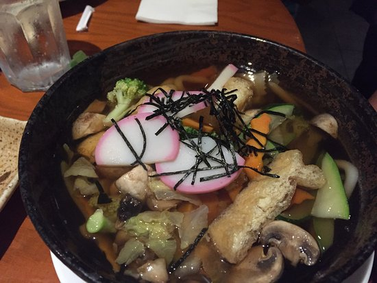 Hackettstown, Nueva Jersey: Vegetable udon noodle soup