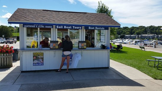 Fish creek boat rentals wi omd men tripadvisor for Fish creek wi restaurants