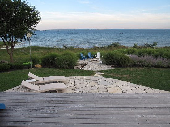Lakeshore Bed and Breakfast Photo