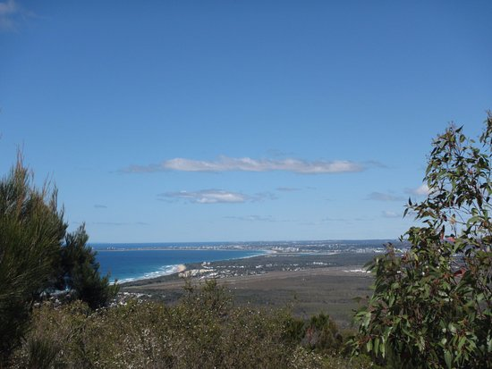 Coolum Beach, Australia: Another view south