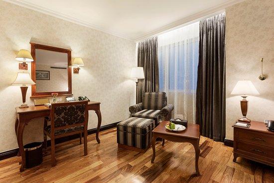 Rex Hotel : Premium Room View