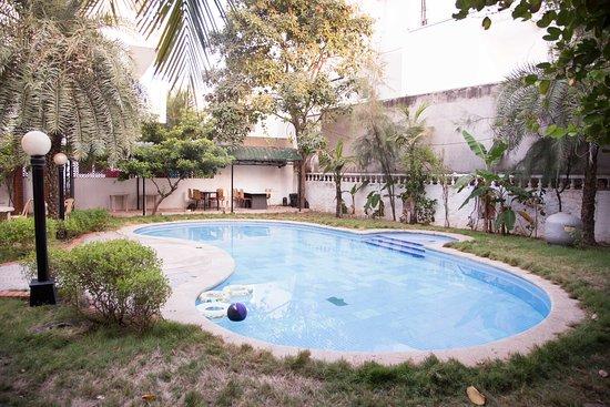 OYO Apartments ECR Neelankarai Beach