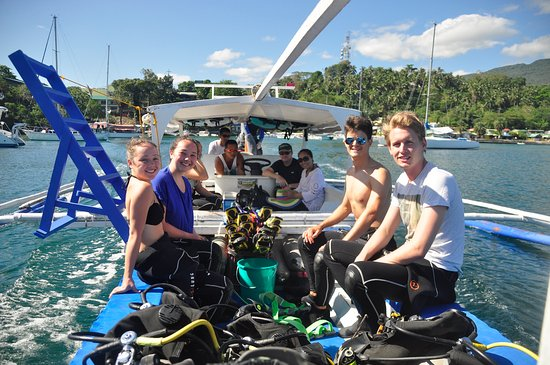 BADLADZ Dive Resort Guests Going Scuba Diving in Puerto Galera