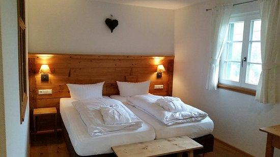 Hotelzimmer langeck neu renoviert bild von landhaus for Hotelzimmer teilen