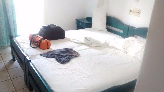 Petros Place Hotel Photo