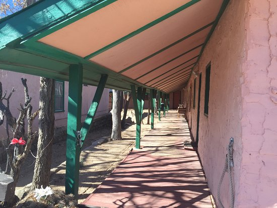 Chloride, AZ: The walkway to the rooms