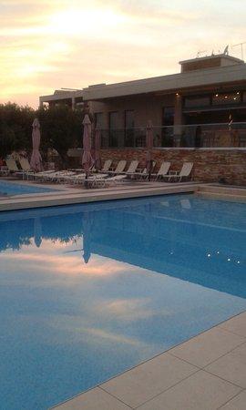 Aeria Hotel: Górny basen