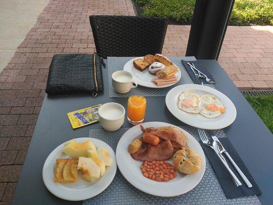 Hotel Isla Mallorca & Spa: Buffet desayuno