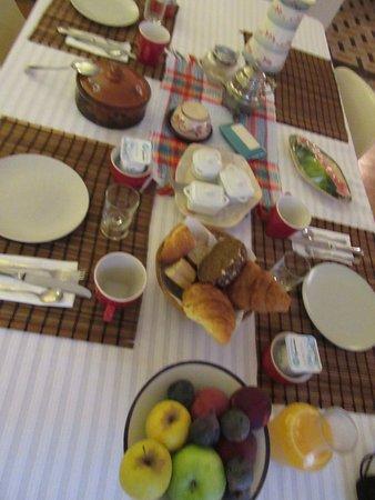 Quillan, Frankreich: Merci Paolo et Didier pour le romantique et charmant séjour dans votre havre coquet et au goût e