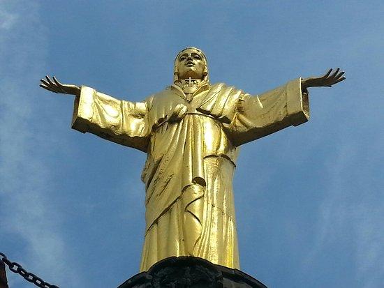 Monumento a Cristo Re e Santuario della Maddalena