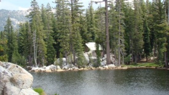 Angels Camp, Californien: Mosquito Lake near the summit