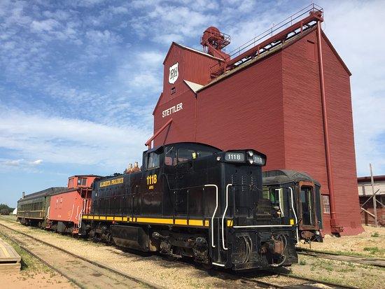 Stettler, แคนาดา: The train