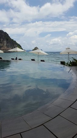 El Nido Resorts Apulit Island: 20160903_130954_large.jpg