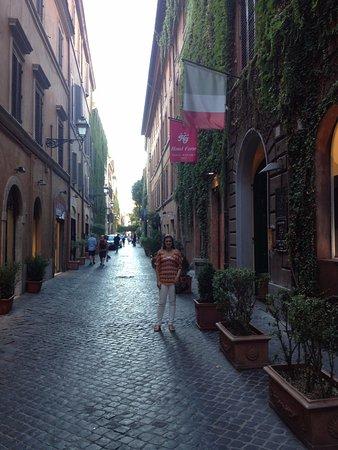 Hotel Manfredi Suite in Rome: Rua tranquila em ótimo ponto.