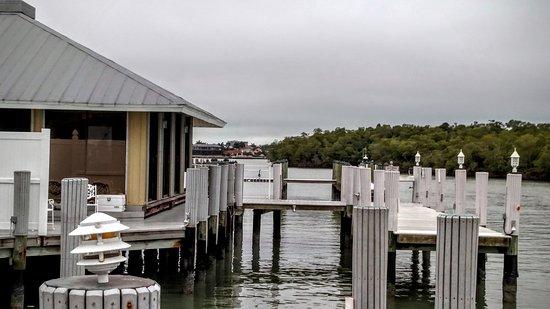 The Boat House Motel Resmi