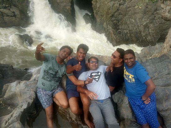 Hogenakkal Falls: Take boating to reach this area