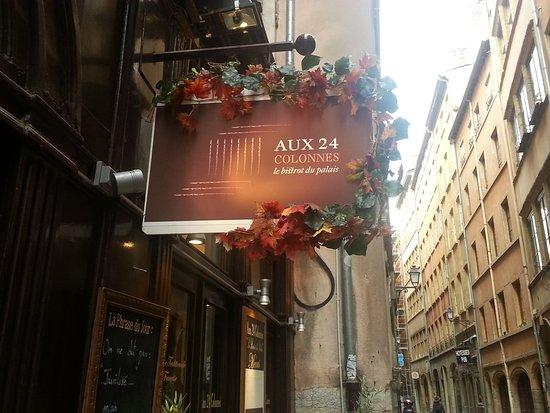 Colonnes Restaurant Lyon