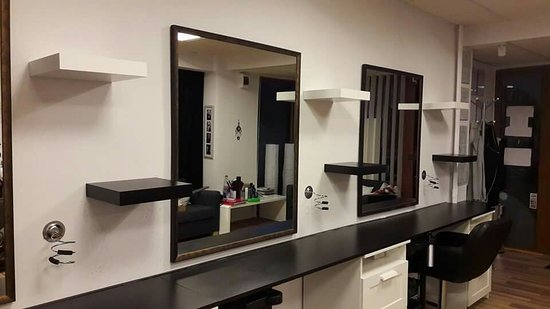 Zuwar Salon