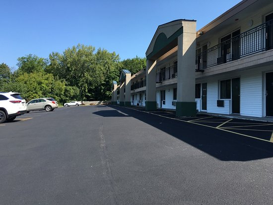 Days Inn - Lenox MA: photo1.jpg