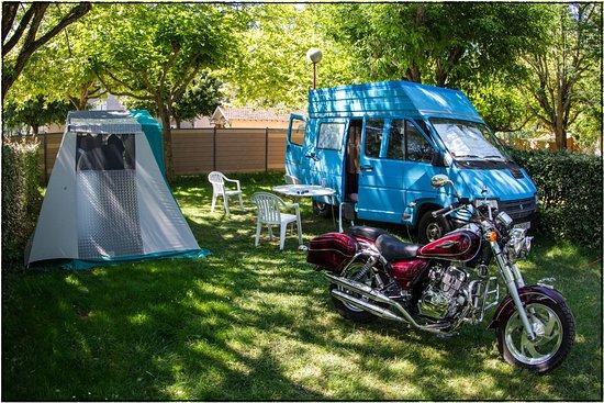 camping riviere de cabessut cahors france voir les tarifs et avis camping tripadvisor. Black Bedroom Furniture Sets. Home Design Ideas
