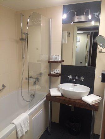 Hotel Avalon: photo1.jpg