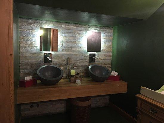 Bagno donne - Foto di La Taverna Valtellinese, Bergamo - TripAdvisor