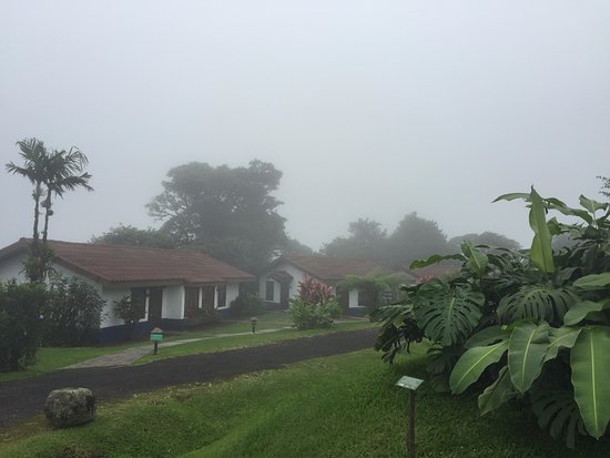 San Ramon, Costa Rica: It goes from sunny to cloudy in just minutes.