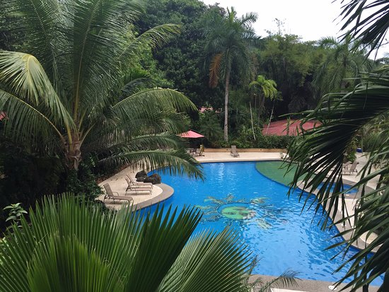 DoceLunas Hotel, Restaurant & Spa: Pool from a 2nd floor
