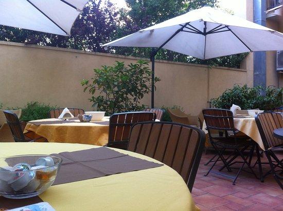 Hotel Agathae: Terrazza per la colazione