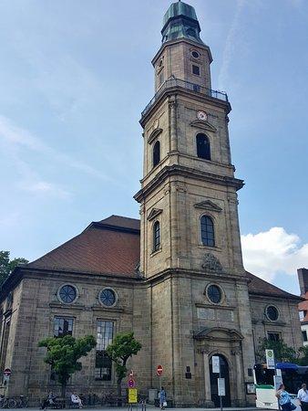 Gasthof Koenig Humbert: Die Hugenottenkirche in Erlangen